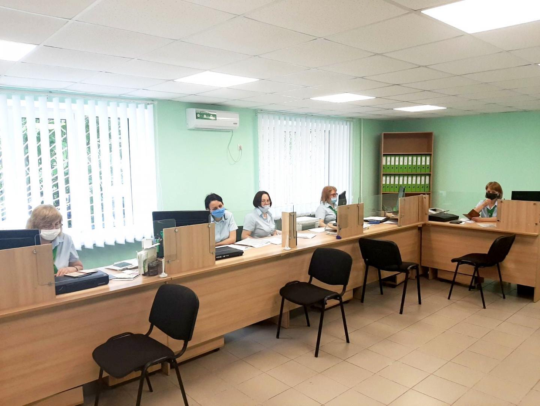3 - Оновлено громадську приймальню Броварського відділу обслуговування громадян