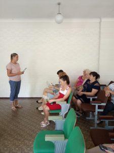 zustrich 225x300 - Проведено зустріч з трудовим колективом відділу освіти Марганецької міської ради