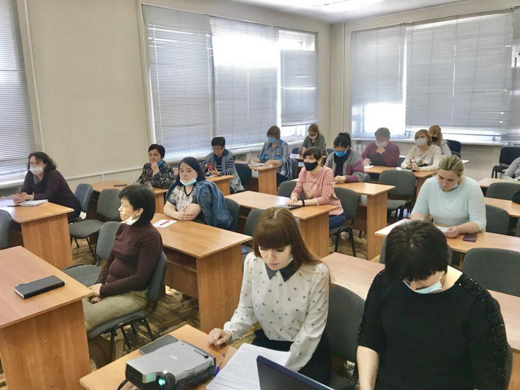 IMG E3036 1024x768 - Використовуємо отримані знання для підвищення професійного рівня колег