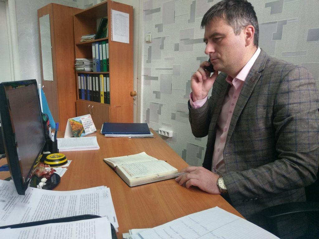 Baranov 1024x768 - Керівництво Фонду області в телефонному режимі спілкувалося з мешканцями Луганщини