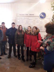 q1319122.003 225x300 - Познайомитись із сучасними онлайн - сервісами Пенсійного фонду України запросили молодь до сервісних центрів головного управління